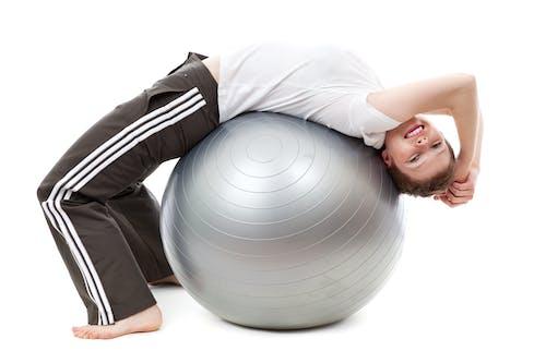 Ilmainen kuvapankkikuva tunnisteilla fitness, harjoituspallo, henkilö, Jooga