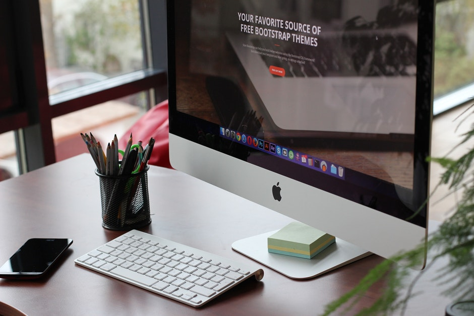 apple, computer, desk