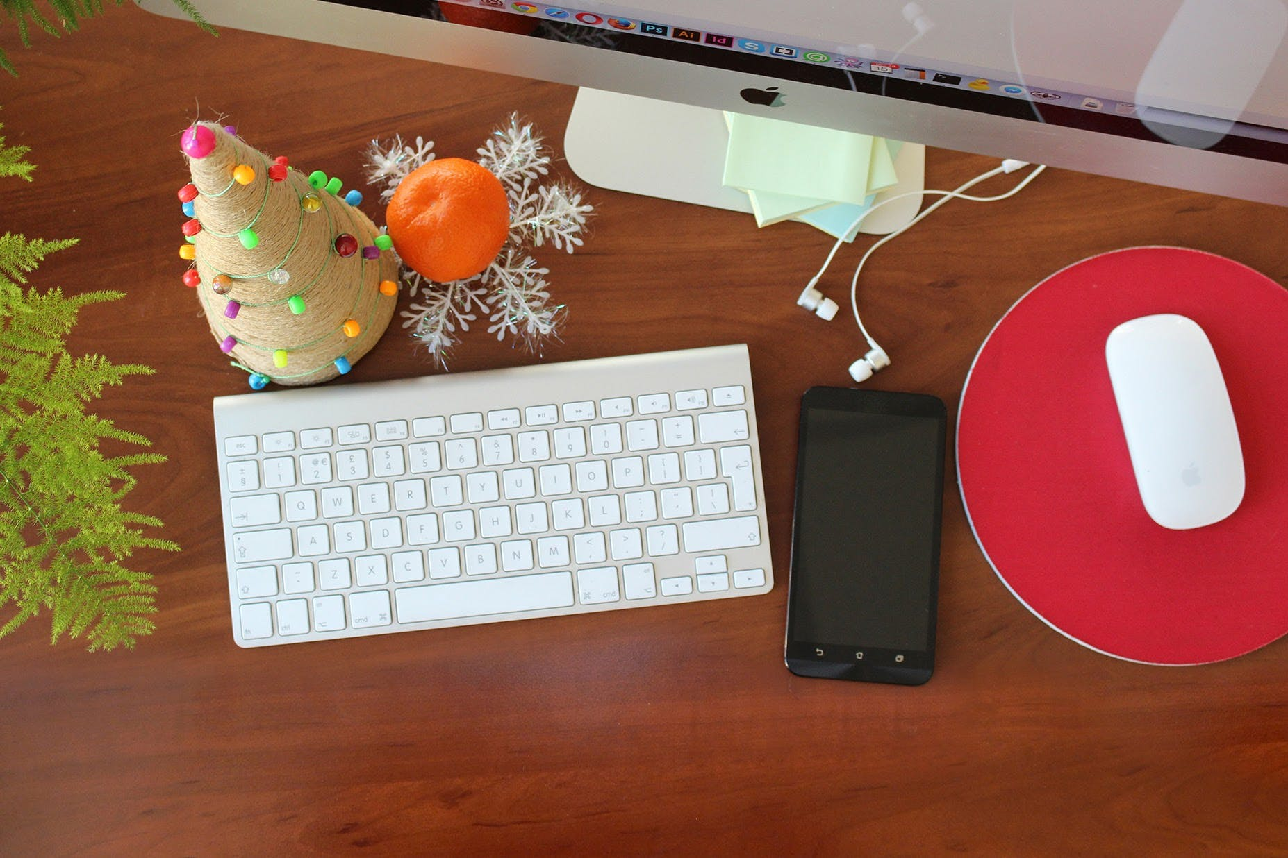 Free stock photo of christmas, christmas tree, desk, keyboard
