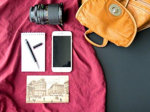 akıllı telefon, aksesuar, arka fon, cep telefonu içeren Ücretsiz stok fotoğraf