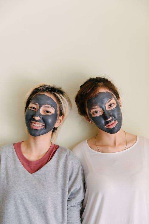 Fotos de stock gratuitas de acné, alegre, amigo