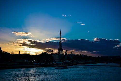 Δωρεάν στοκ φωτογραφιών με Ανατολή ηλίου, αντανάκλαση, απόγευμα, αρχιτεκτονική