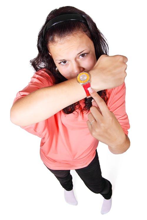 Kostenloses Stock Foto zu armbanduhr, frau, hände, mädchen