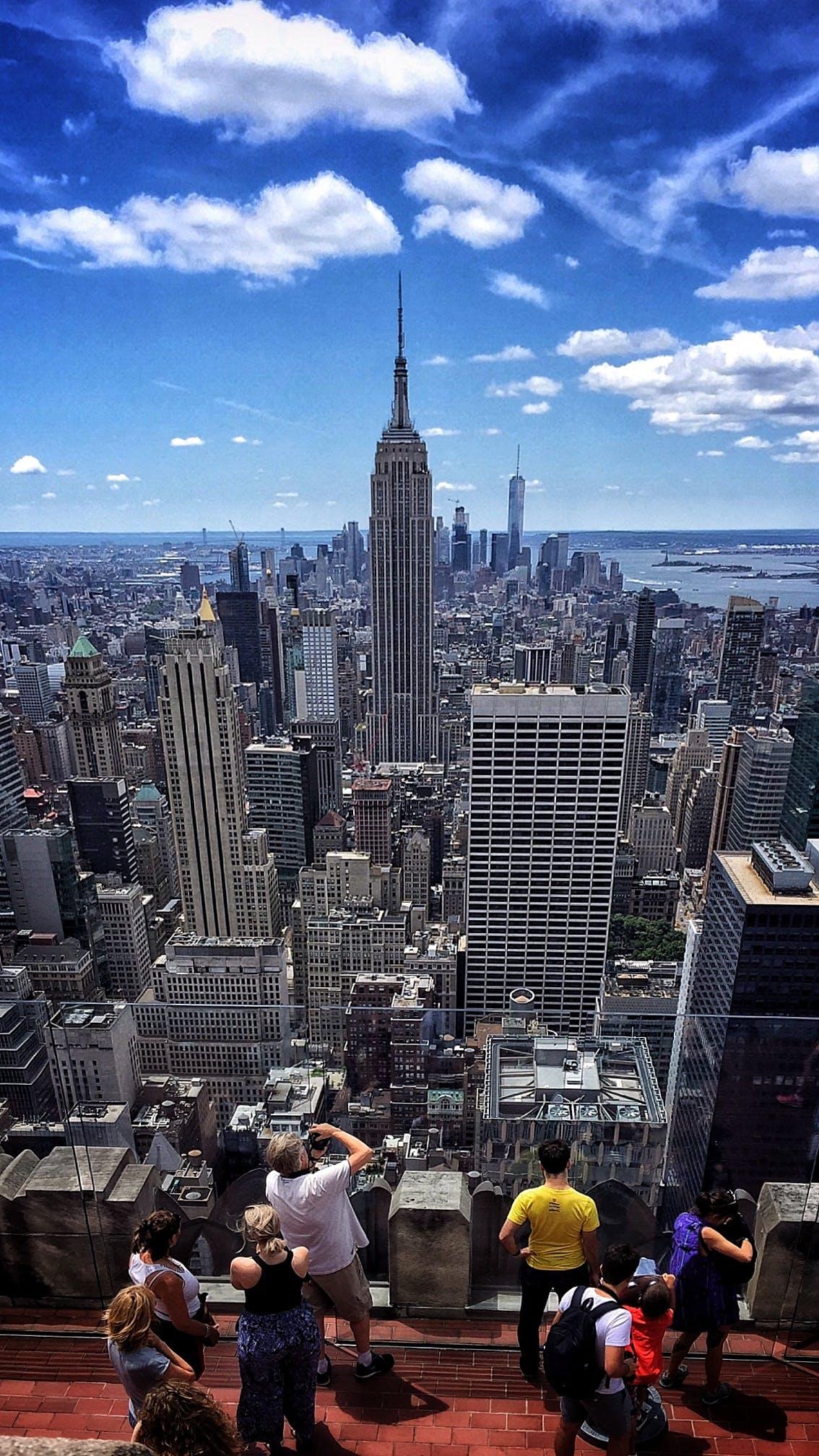 Kostenloses Stock Foto zu big apple, blauer himmel, dach, empire state building