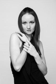 Free stock photo of black-and-white, fashion, model, portrait