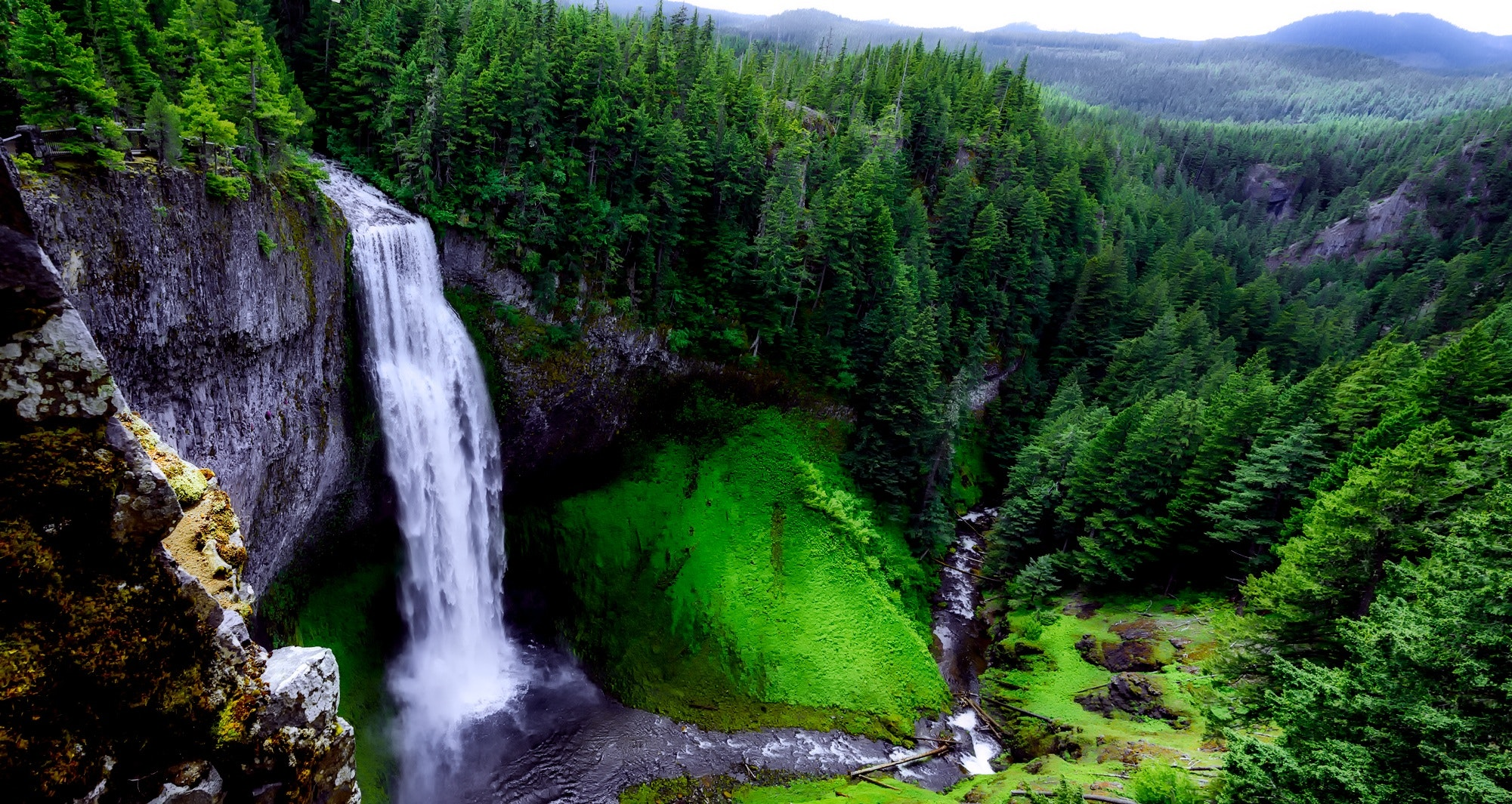 The Most Beautiful Natural Waterfalls in the