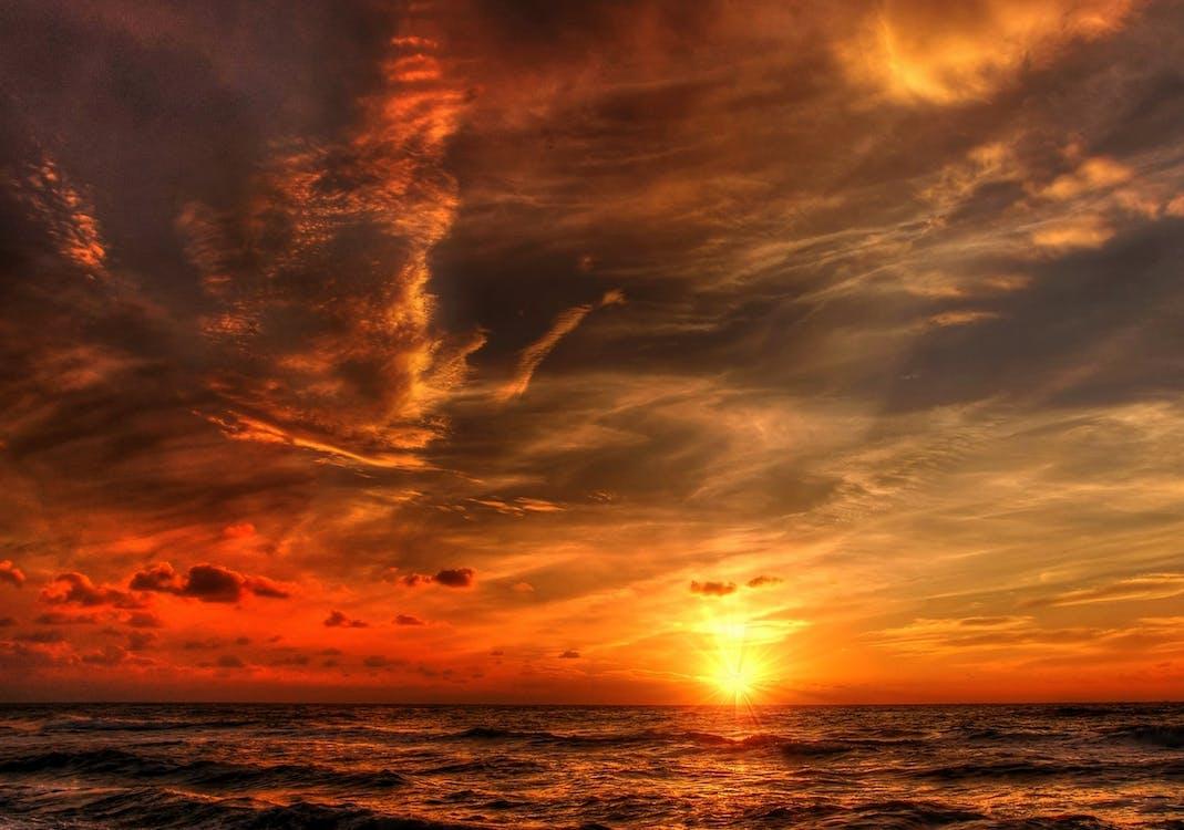 avond, avondlucht, bewolkt