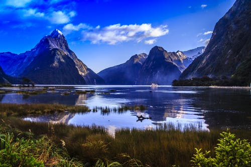 Immagine gratuita di acqua, alba, cielo, destinazione