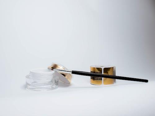 Základová fotografie zdarma na téma bílé pozadí, kartáček, kosmetika, produkt