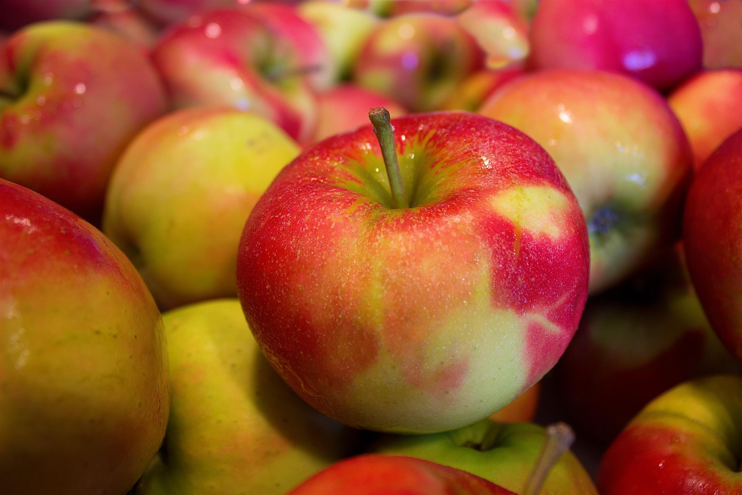 apples, fruits, health
