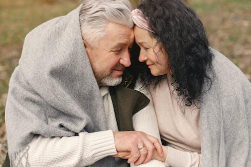 Gratis stockfoto met affectie, betrokkenheid, binden