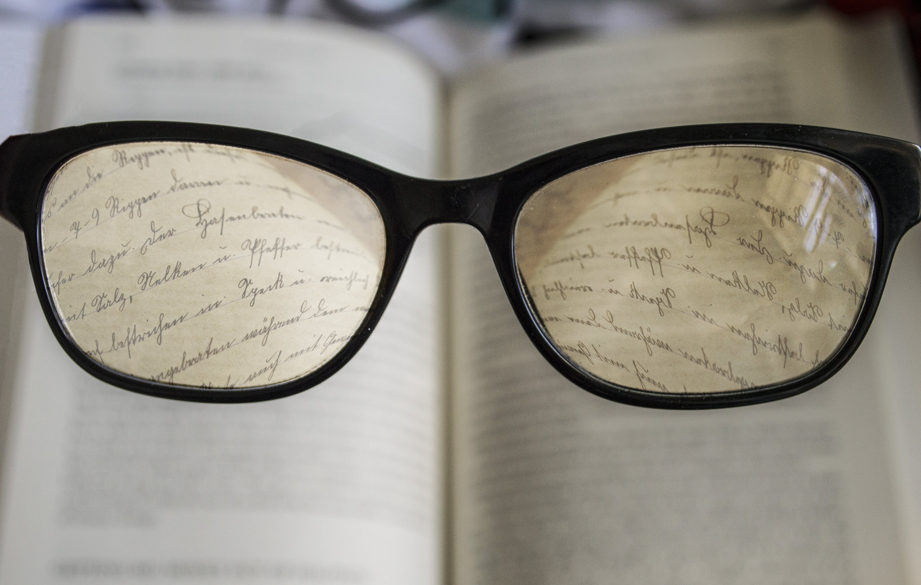 Enchroma Glasses has the ability to make you read a book clearly