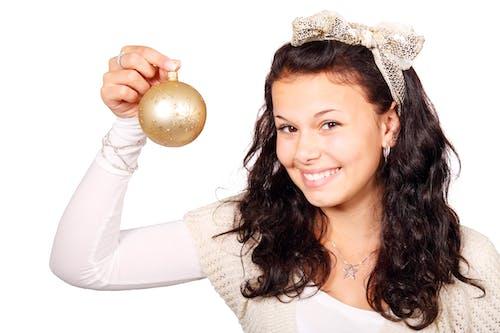 Ilmainen kuvapankkikuva tunnisteilla hymy, ihmiset, joulu, kultainen