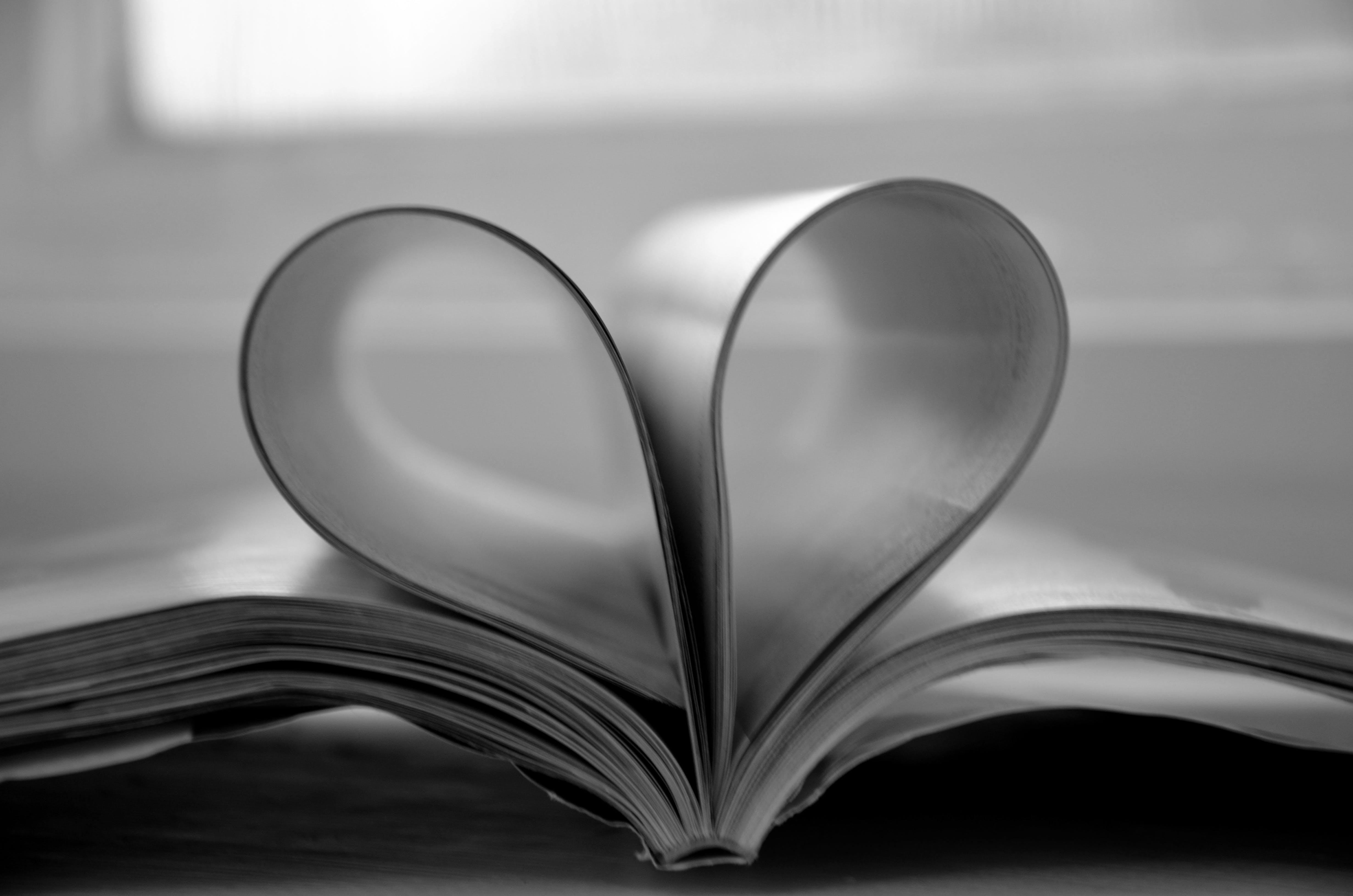 Free stock photo of gloss, heart, love, magazine