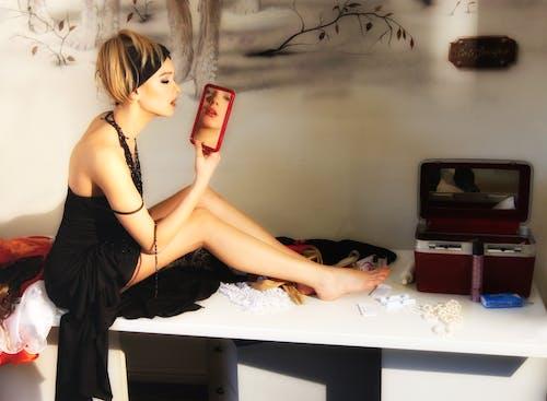 Foto profissional grátis de adulto, armário de roupa, cabelo, corpo