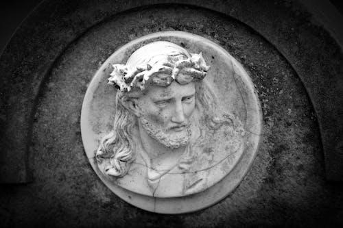 Základová fotografie zdarma na téma černobílý, hrobka, ježíš, kámen