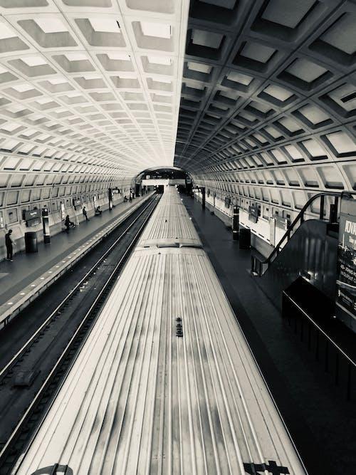 Fotobanka sbezplatnými fotkami na tému architektúra, cestovať, čierna a biela, čiernobiely