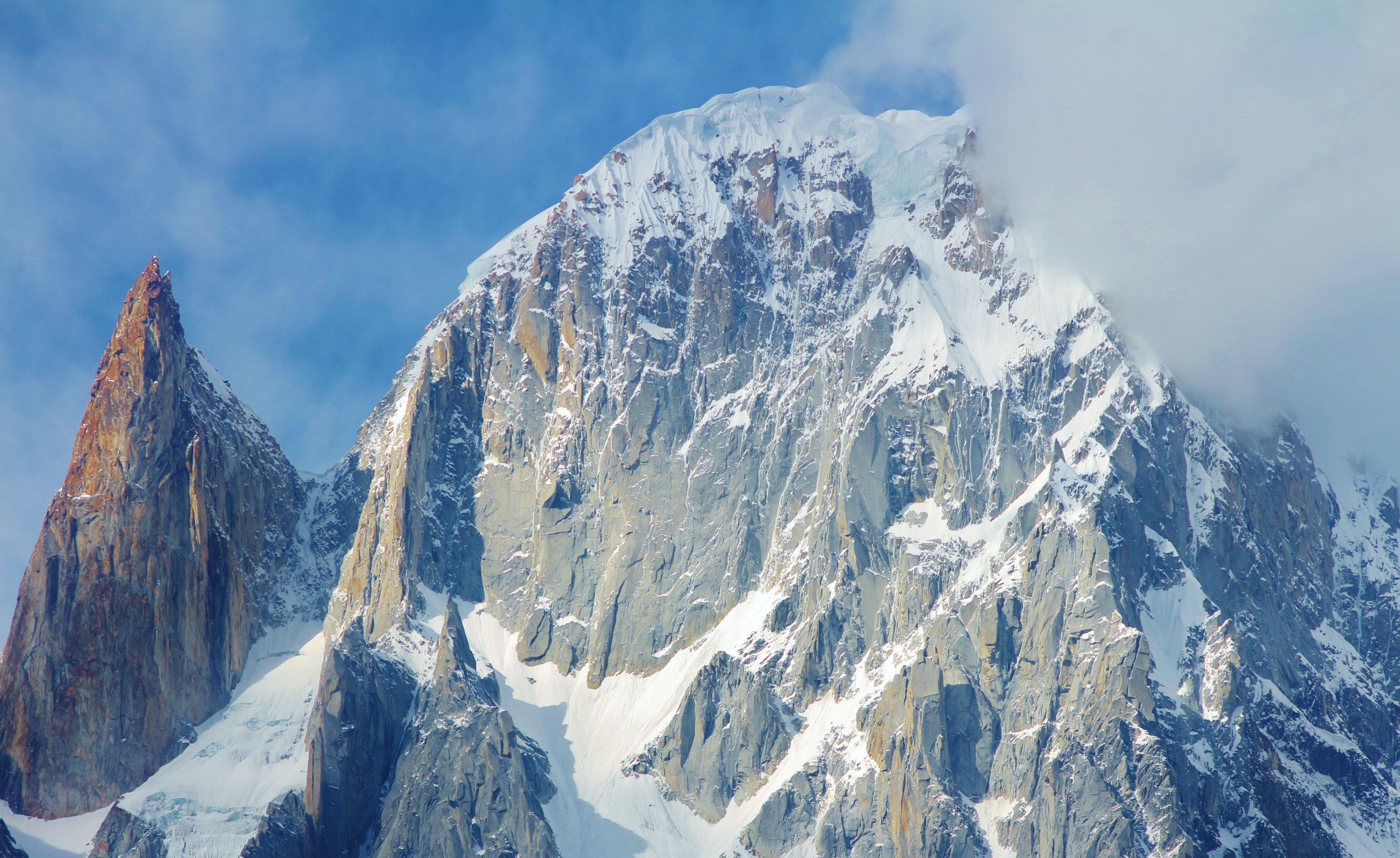 Kostnadsfri bild av bergen, bergskedja, blå, blå himmel