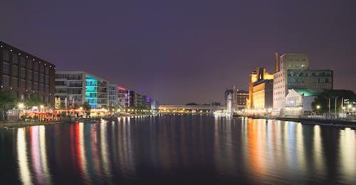 反射, 城市, 城市的燈光, 天空 的 免费素材照片