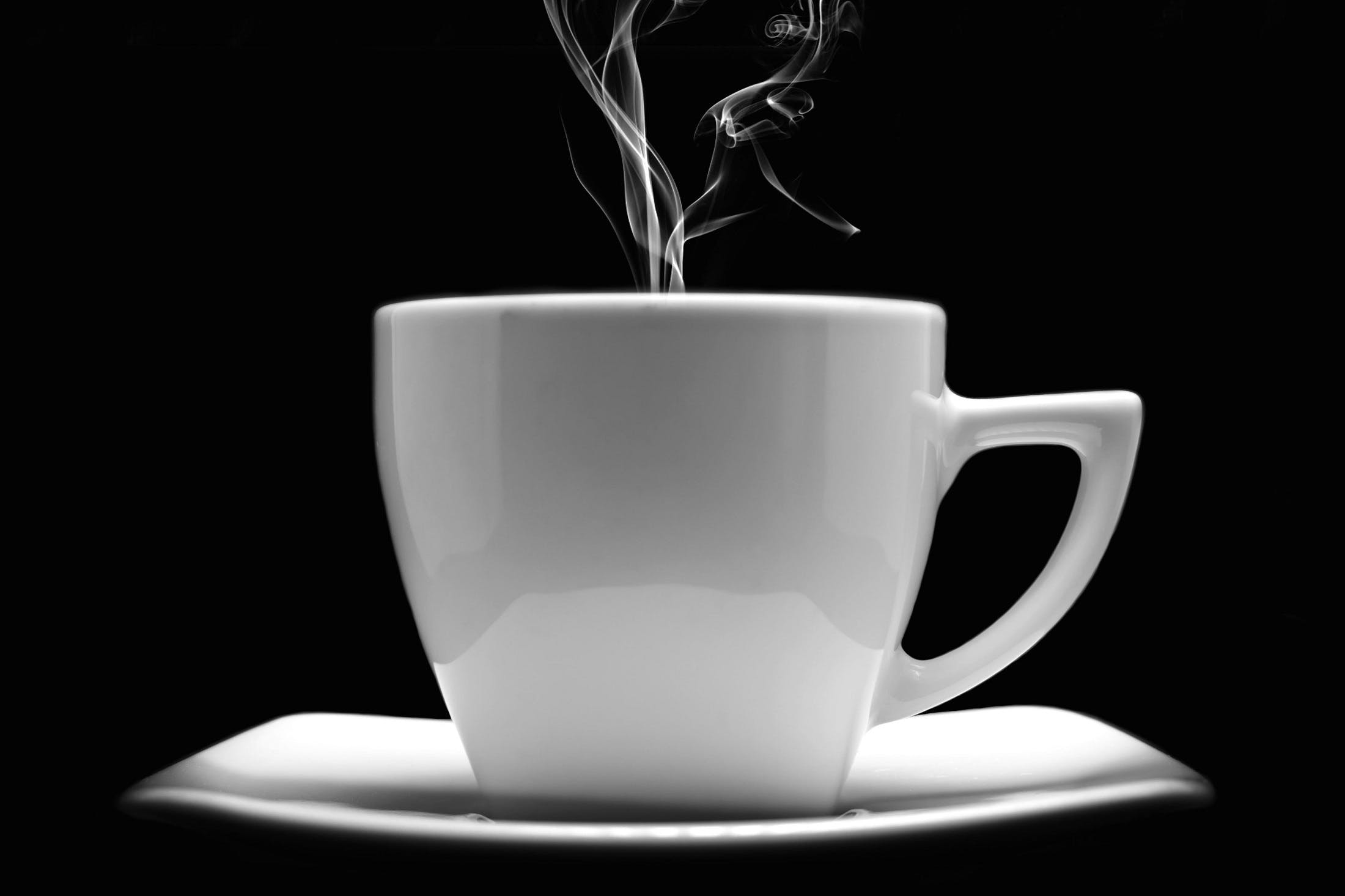Kostenloses Stock Foto zu kaffee, tasse, becher, dunkel