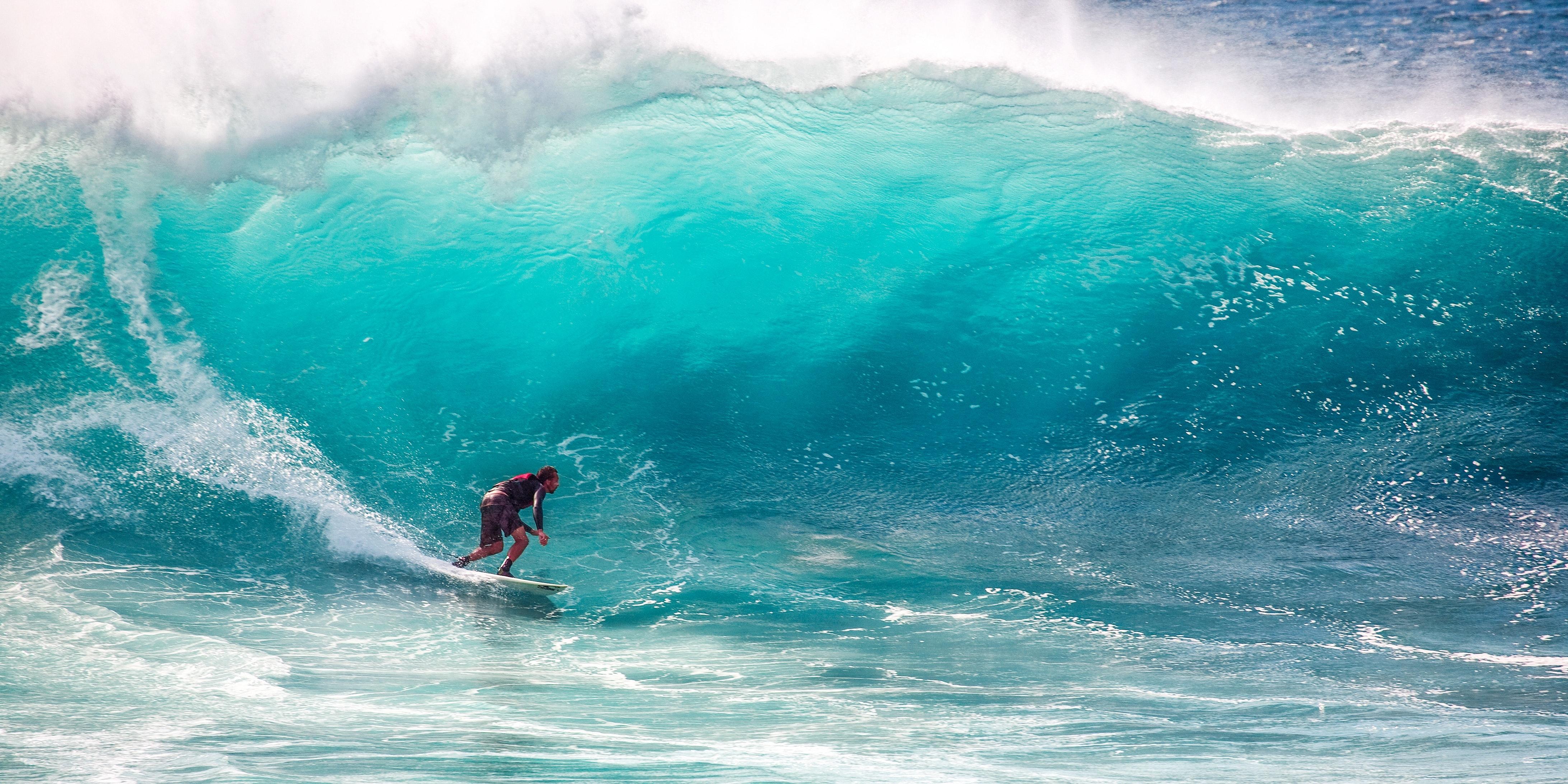 Surfanje - Page 3 Pexels-photo-416676.jpeg?cs=srgb&dl=sea-person-beach-416676