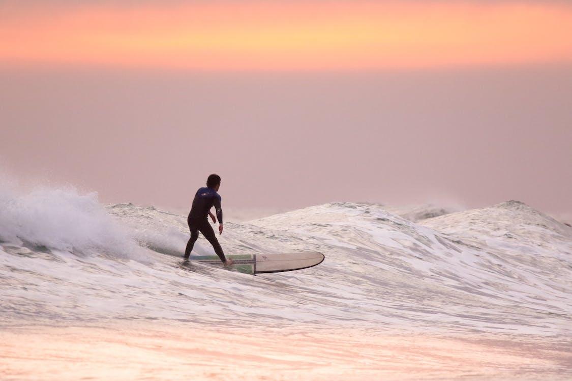 bevægelse, bølger, eventyr