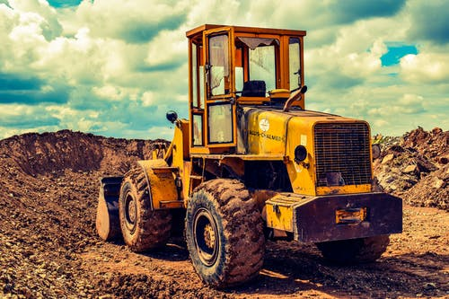Immagine gratuita di attrezzatura, bulldozer, camion, campo