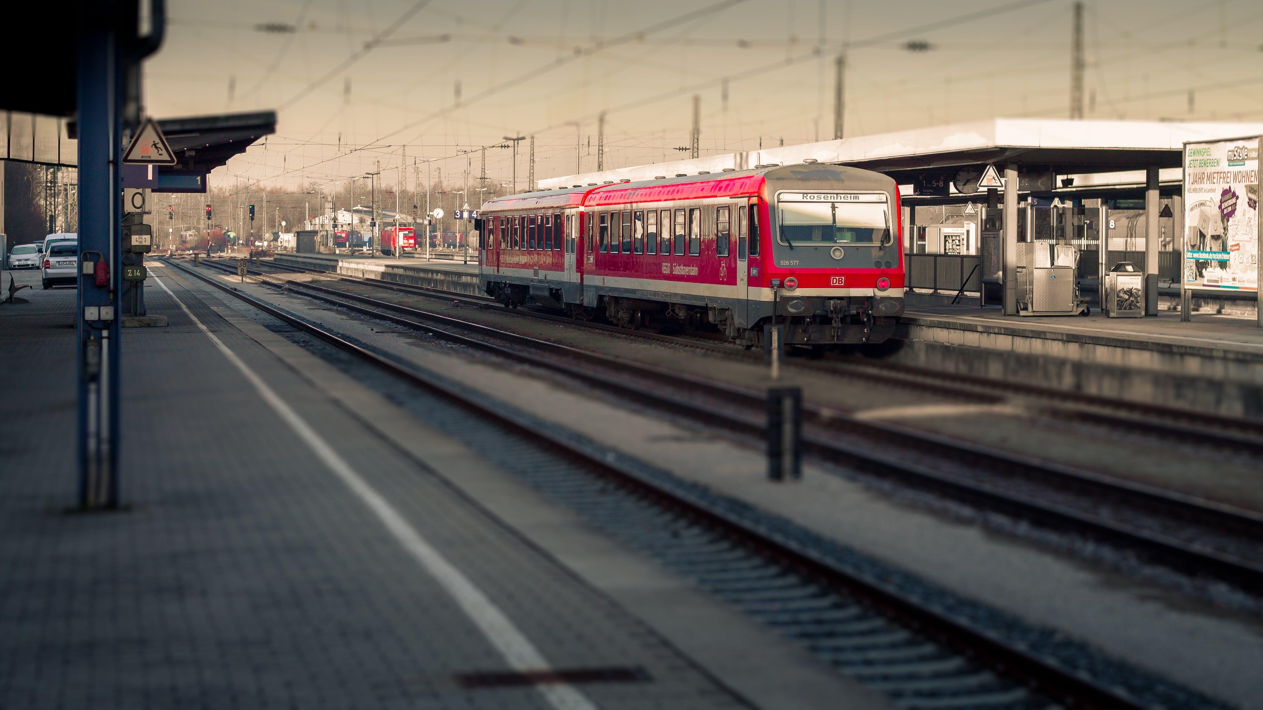 Free stock photo of freight train, goods wagons, miniature, railway
