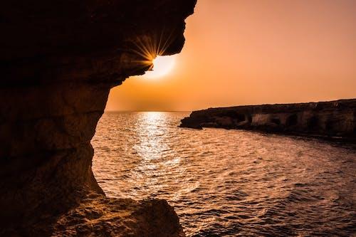 Безкоштовне стокове фото на тему «апельсин, безтурботний, берег моря, відображення»