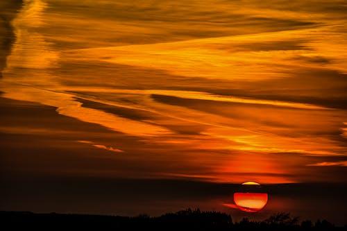 Foto d'estoc gratuïta de alba, capvespre, cel, dramàtic
