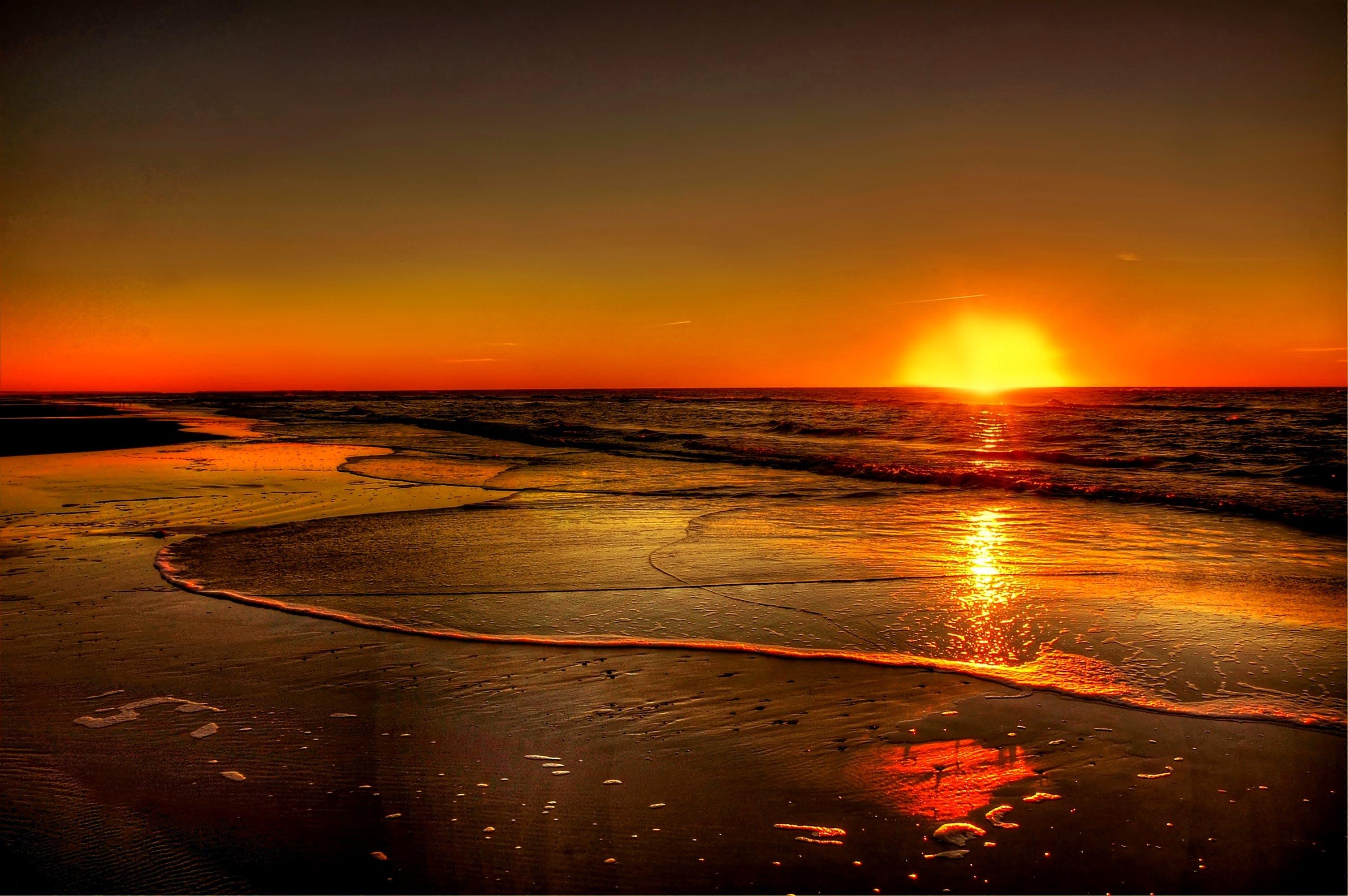 Gratis lagerfoto af aftenhimmel, bølger, hav, havudsigt