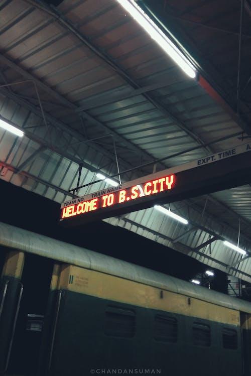 Foto profissional grátis de chandan suman, ferrovia, fotografia noturna, noite da cidade