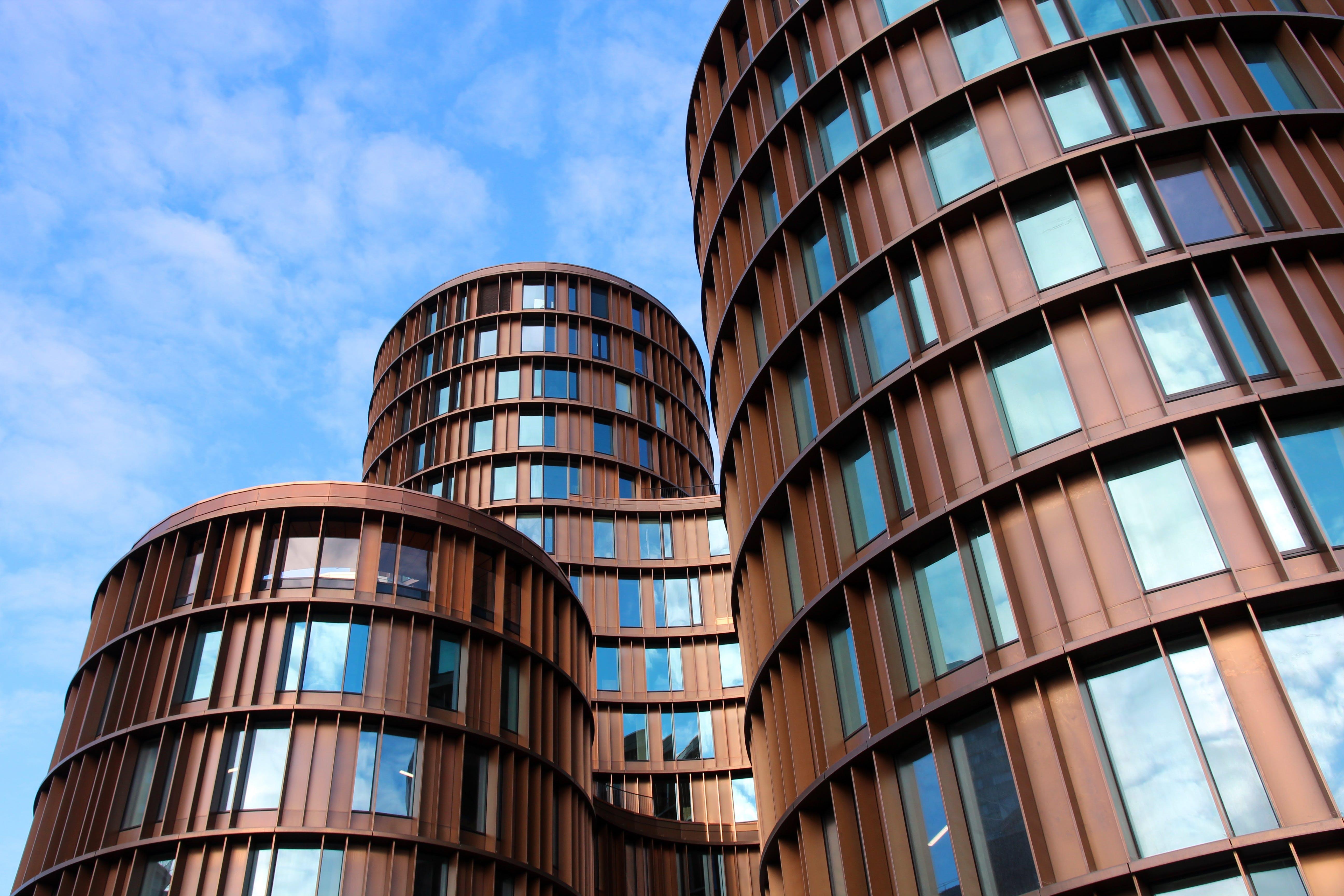 คลังภาพถ่ายฟรี ของ การสะท้อน, การออกแบบสถาปัตยกรรม, ตึก, ตึกระฟ้า