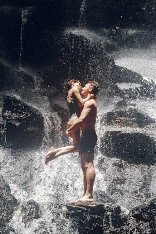 kiss, カップル, キスの無料の写真素材