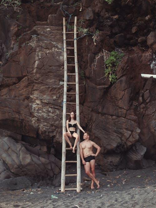 Ingyenes stockfotó bambusz, barátnő, békés, bikini témában