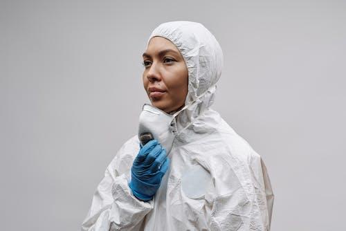 Photos gratuites de coronavirus, covid-19, équipement de protection individuelle