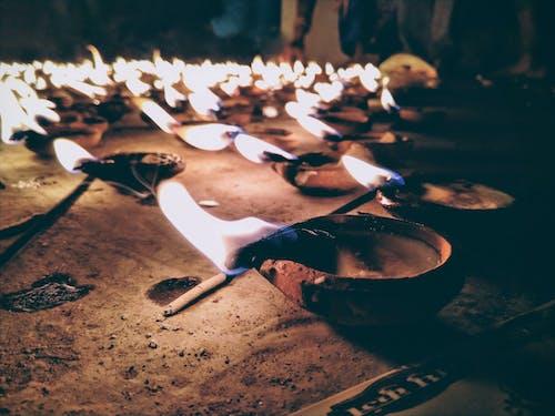 alev, ateş, benzin, candels içeren Ücretsiz stok fotoğraf
