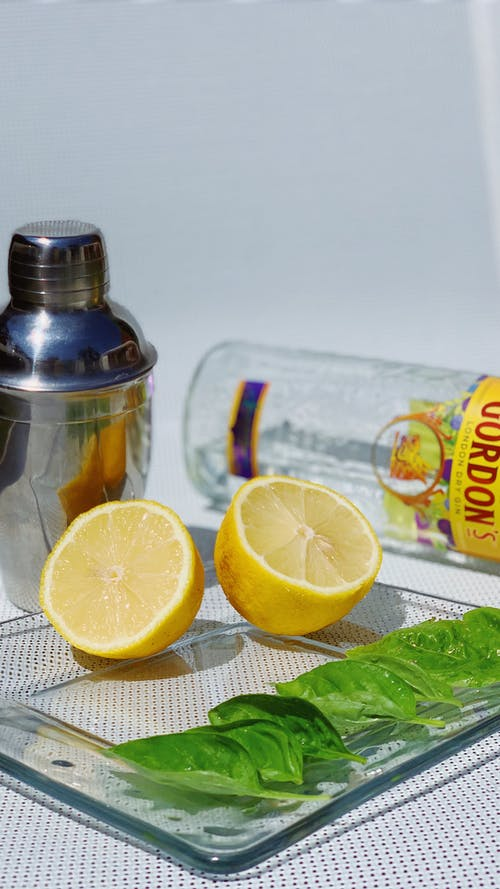 Ingredient for reparation of mojito on table