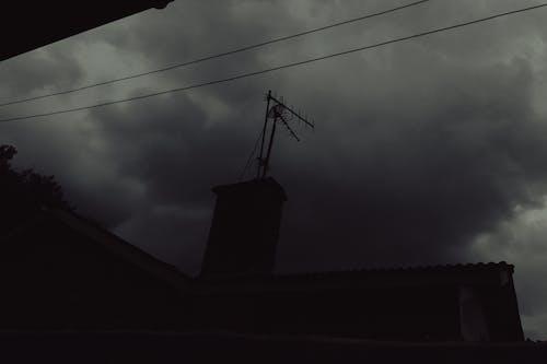 Foto d'estoc gratuïta de núvols, pluja