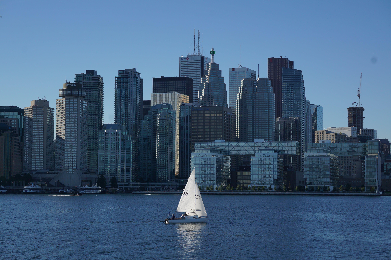 คลังภาพถ่ายฟรี ของ ตึก, ทะเล, ล่องเรือ, สีน้ำเงิน