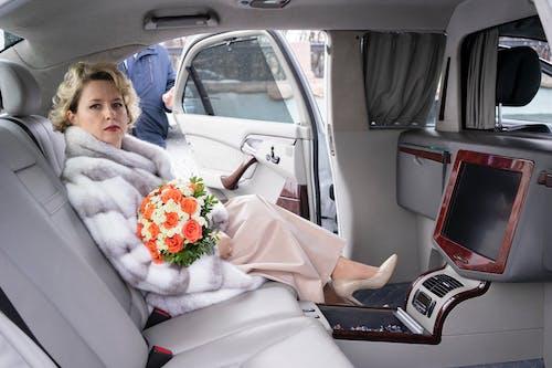 Gratis stockfoto met auto, autoraam, bestuurder, binnen