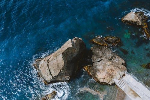 Fotobanka sbezplatnými fotkami na tému letecký pohľad, letecký záber, more
