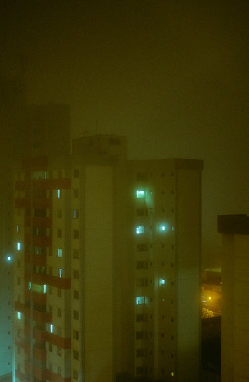 Gratis stockfoto met donkere nacht, mist