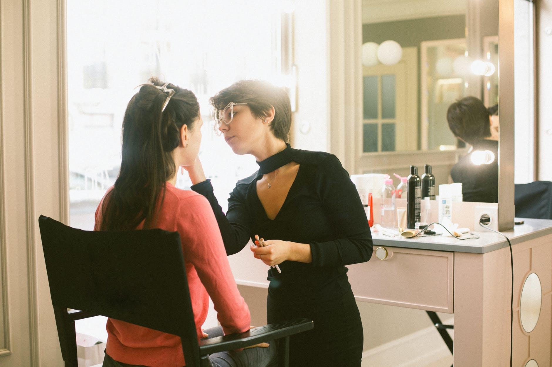 7 Reasons to Start a Career in Beauty 4