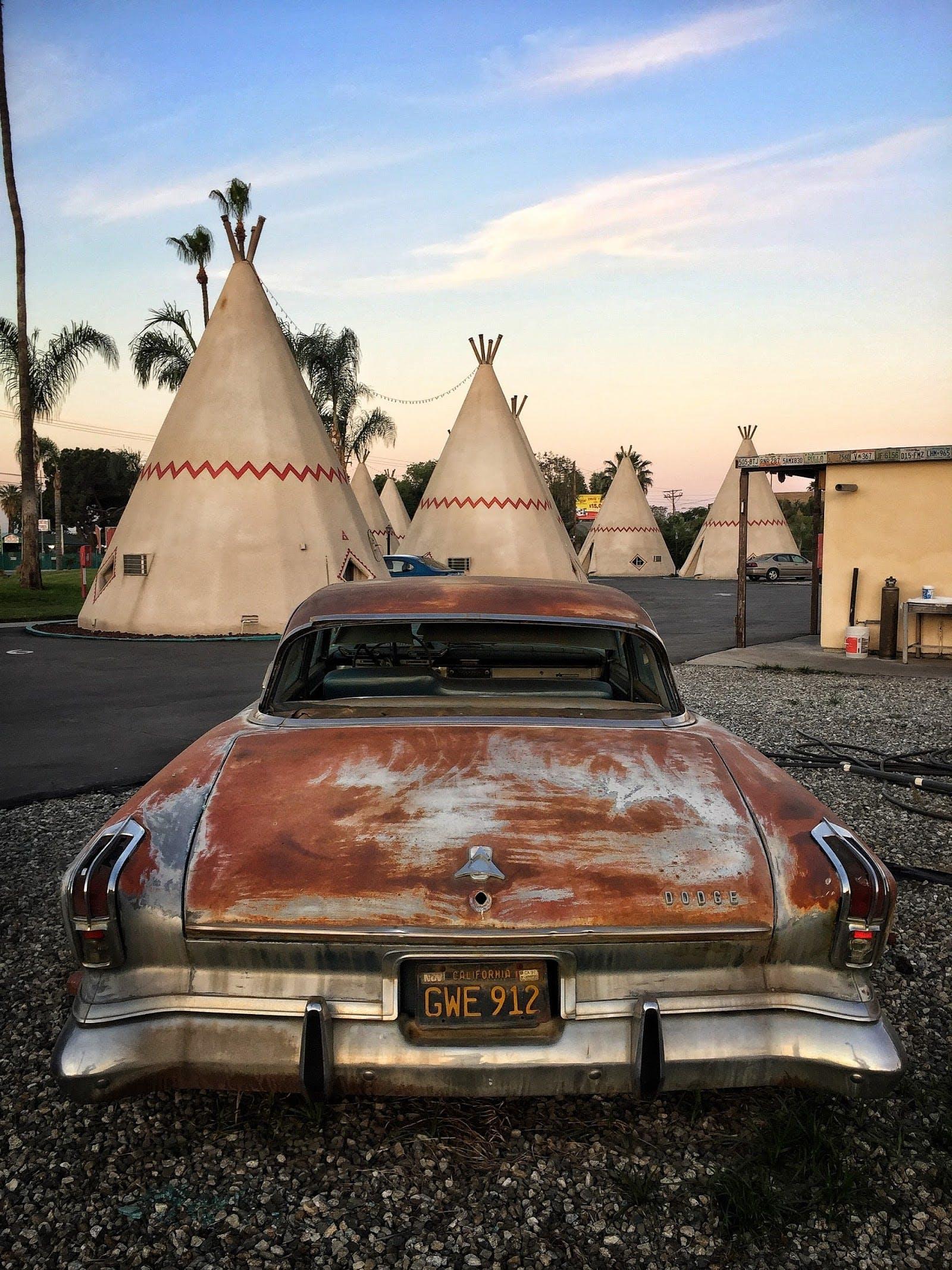 Kostenloses Stock Foto zu amerikanisch, amerikanischer ureinwohner, amerikanisches auto, auto