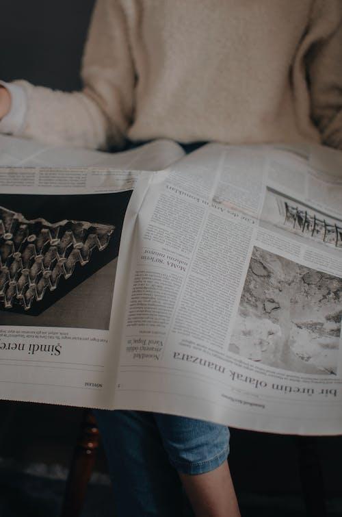 Gratis arkivbilde med administrasjon, angrep, arbeidsledighet, avis