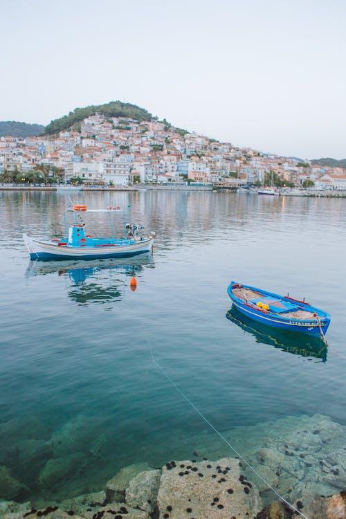 Безкоштовне стокове фото на тему «берег моря, відпустка, вода, Водний транспорт»