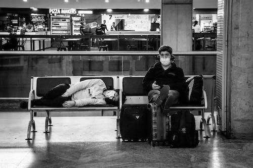 Immagine gratuita di addormentato, aeroporto, anonimo