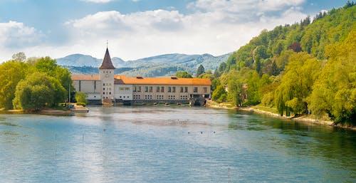 Photos gratuites de iglesia, rio, suiza día