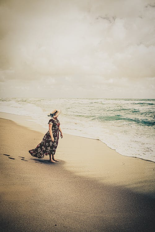 Kostenloses Stock Foto zu dame, einsam, einsamkeit, frieden